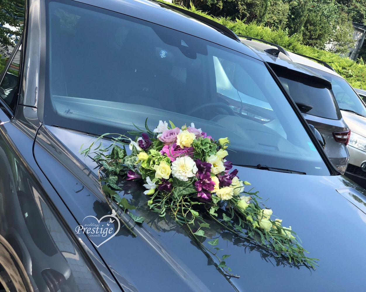 украса сватбен автомобил