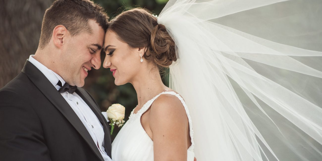 сватба нежност в бяло